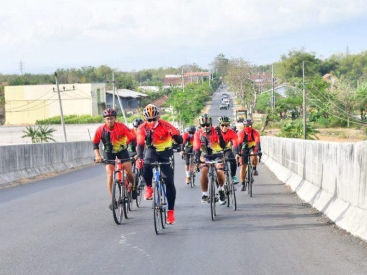Meriahkan HUT ke-75 TNI, Tim Gowes Ojo Kendor Blusukan Keliling Nganjuk