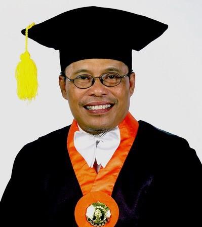 Prof. Dr. Andrik Purwasito, DEA; Negoisasi Jalan Tengah