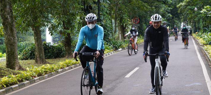 Danrem Suryakencana Bersama Bima Arya,  Gowes Bareng Cycle Comunity Bogor