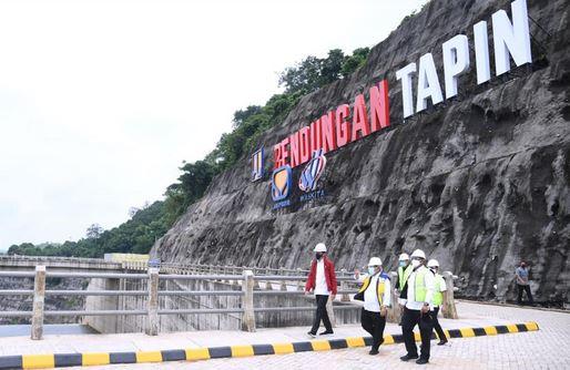 Presiden Joko Widodo Resmikan Bendungan Tapin, Untuk  Dukungan Ketahanan Pangan dan Pengendalian Banjir di Kalsel