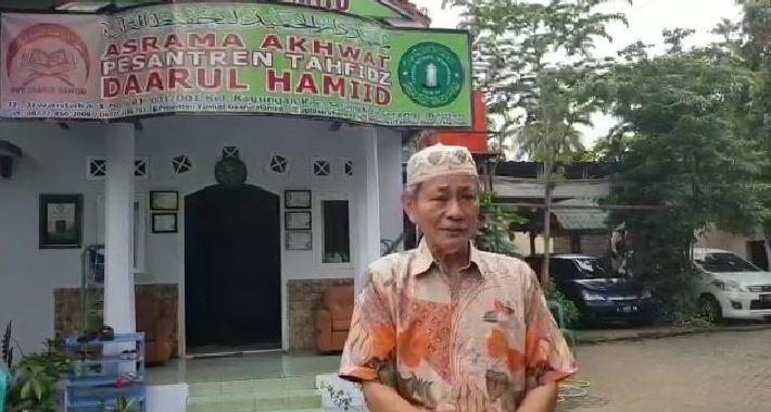 KH. Embay Mengutuk Keras Bom Bunuh Diri di Kota Makassar