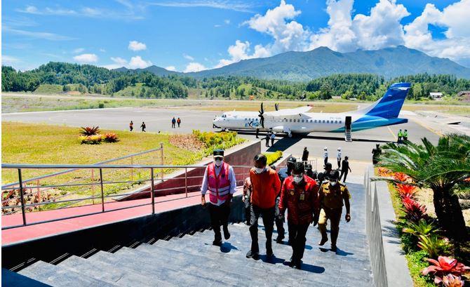"""Presiden Jokowi Meresmikan Bandara Toraja Jalur Menuju """"Negeri di Atas Angin"""""""