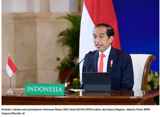 Jelang Satu Abad Kemerdekaan  2045:  Bersiap Wujudkan Visi Indonesia  Emas Melalui Industri 4.0