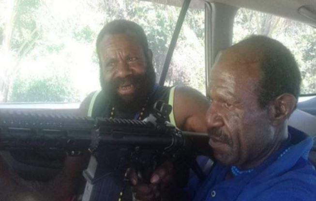 Paniel Kogoya, Pendeta Penyandang Dana Pembelian Senjata KKB, Berhasil Ditangkap Satgas Nemangkawi