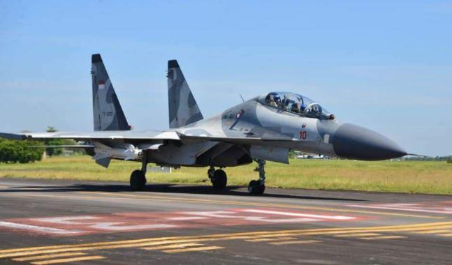 Empat Jet Tempur Koopsau 2 Latihan Pengeboman Air To Ground di Pandanwangi