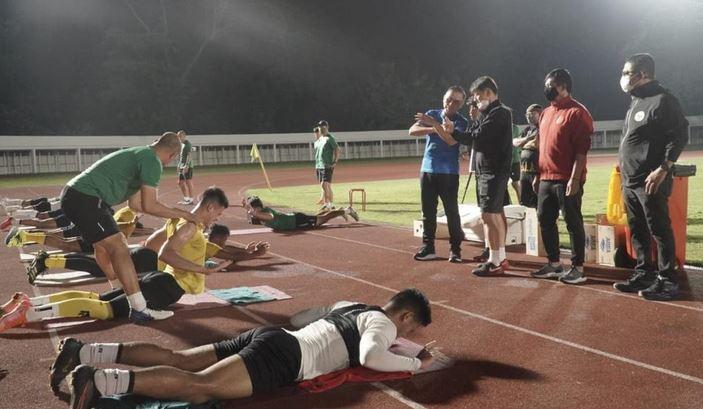 Ketum PSSI  Kunjungi Latihan Timnas Senior