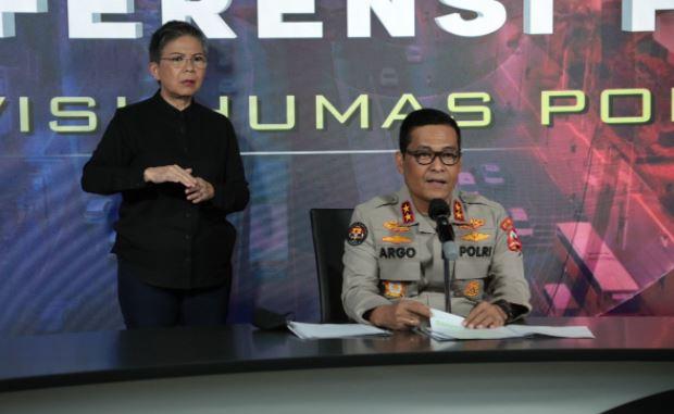 Kapolri, 100 Hari Meluncurkan Berbagai Aplikasi Wujud Keseriusan Perbaikan Korps Bhayangkara