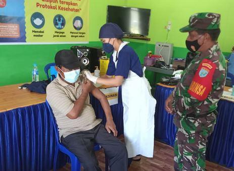 Progam Vaksinasi Covid-19 di Kecamatan Kapuas Tengah Tahap Pertama