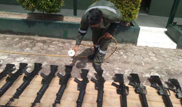 Letda Cpl Sugiono Puas dengan Hasil Pengecatan Senjata
