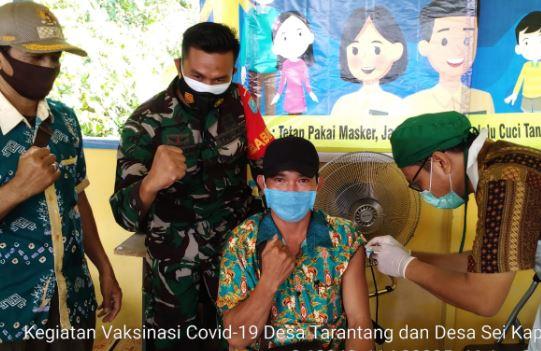 Serda Maulidani Dampingi Warga Binaannya Melaksanakan Vaksinasi