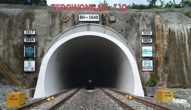 Tiga Terowongan Kereta Api Legendaris di Jalur Selatan Pulau Jawa Dibangun Akhir Abad 19 Hingga Awal Abad 20