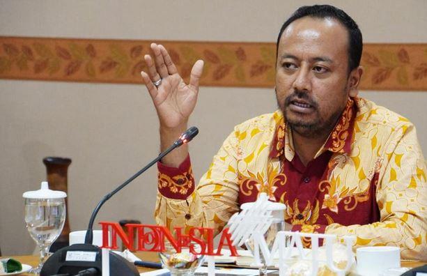 Ombudsman Apresiasi Kepedulian Polda Banten Bagikan Ribuan Bansos  Selama PPKM Darurat