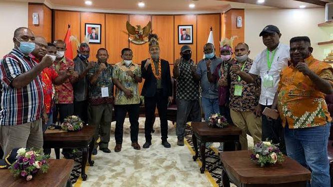 Fachrul Razi Mengutuk Keras Aksi Injak Kepala Seorang Pemuda Papua
