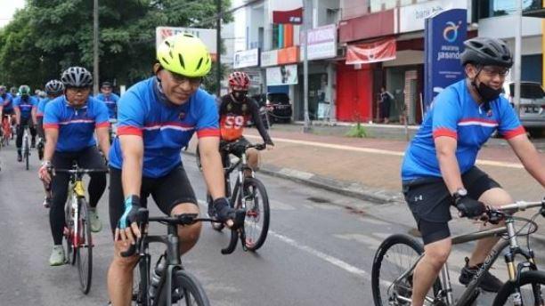 Gowes Keliling Kota Serang, Wakapolda Banten Evaluasi Pelayanan Petugas
