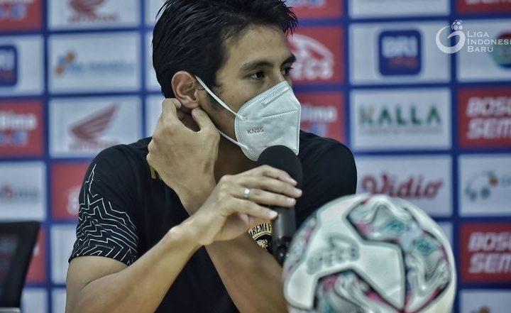 Bermain 10 Pemain Sejak Menit ke-4,  Arema Malang Berhasil Tahan Imbang PSM Makasar