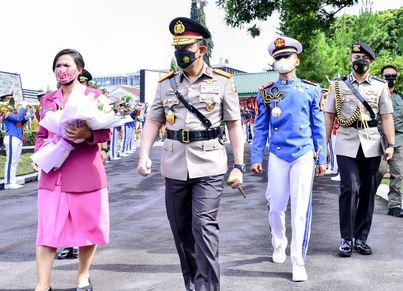 Tutup Diksar Integrasi, Kapolri Tegaskan Sinergitas TNI-Polri Kunci Sukses Hadapi Berbagai Ancaman